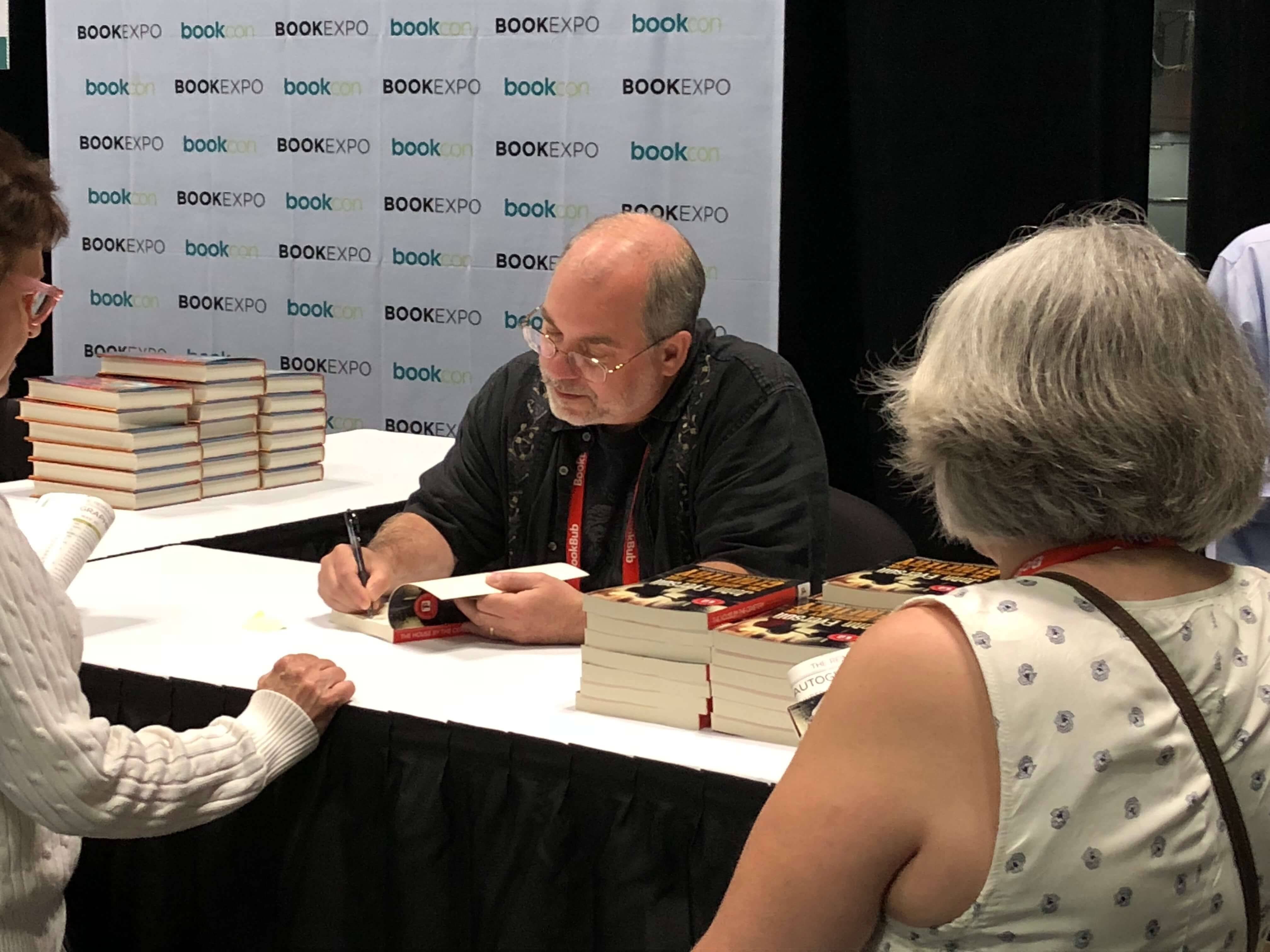 John Everson author signing at Flame Tree BookExpo18